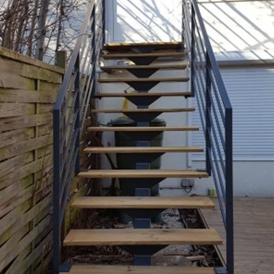 ca2m-escalier-droit-sur-mesure-avec-marche-en-bois2