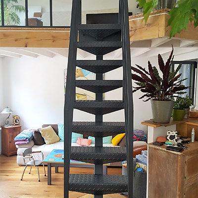 escalier echelle de meunier - escalier droit métal